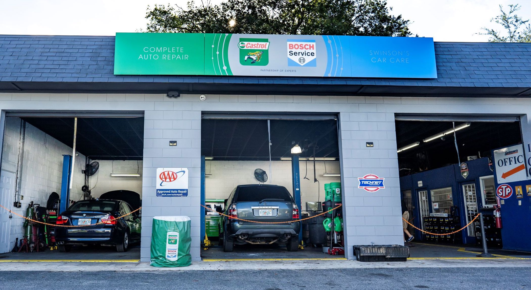 castrol bosch joint-branded auto shop